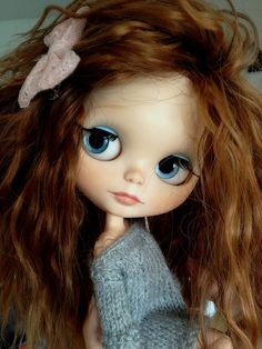 ZOE. Blythe doll the only Blythe with eyebrows that I really think is beautiful.
