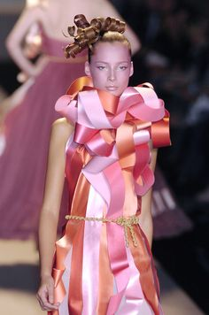 Paris Fashion Week Spring 2005 Victor & Rolf