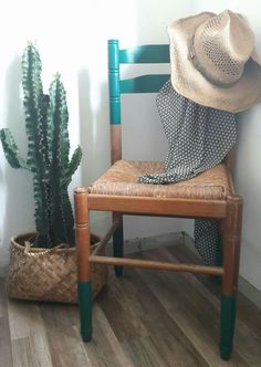Chaise en bois customisée