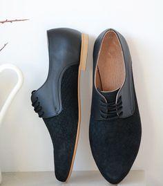 Leather shoes-Women Oxford flat Shoes-Women Shoes by BackToCool Oxford Shoes Heels, Women's Shoes, Flat Shoes, Tie Shoes, Womens Oxford Flats, High Heels, Women's Oxfords, Hipster Shoes, Modelista