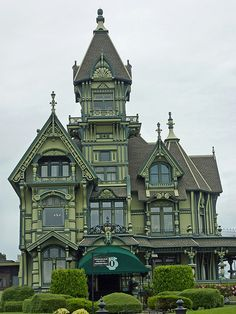 Steam-powered inspiration - melodysmuse: Victorian Mansions of Eureka, CA : The Carson Mansion is a large Victorian house located in Old Town … regarded as one of the highest executions of American Queen Anne Style architecture ~ The canopy is not quite s Old Mansions, Abandoned Mansions, Abandoned Houses, Old Houses, Victorian Architecture, Beautiful Architecture, Beautiful Buildings, Beautiful Homes, Building Architecture