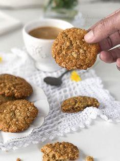 Galletas de avena y coco caseras, fáciles y riquísimas Granola Cookies, Biscotti, Food Styling, Bakery, Clean Eating, Food And Drink, Nutrition, Sweets, Healthy Recipes