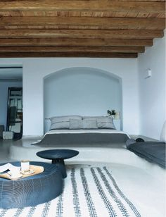 French By Design: Mythical Mykonos. Love this bedroom! Mediterranean Architecture, Interior Architecture, Fresco, New Bedroom Design, Tadelakt, Unique Flooring, Interiores Design, Black House, Living Spaces