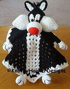 Ravelry: Kitty Lovey Blankie pattern by Knotty Hooker Designs Crochet Security Blanket, Crochet Lovey, Crochet Cat Pattern, Baby Security Blanket, Crochet Stars, Lovey Blanket, Crochet Quilt, Crochet Toys Patterns, Crochet Crafts