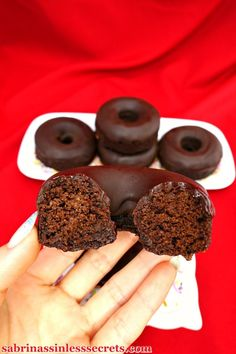 Paleo Chocolate Donuts with Dark Chocolate Icing will satisfy your sinful cravings and washing away all your desires for the bad ones. Another plus is that they're oven-baked—so no frying needed! Chocolate Paleo, Chocolate Icing, Chocolate Donuts, Delicious Chocolate, Coconut Chocolate, Gluten Free Baking, Gluten Free Desserts, Dairy Free Recipes, Gluten Free Dairy Free Donut Recipe