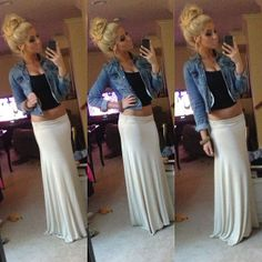 Maxi skirt, jean jacket and a little bit of skin. Passion For Fashion, Love Fashion, Fashion Beauty, Mode Outfits, Fashion Outfits, Skirt Fashion, Fashion Clothes, Fashion Killa, Swagg