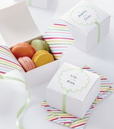 Fill these Modern Festive white treat boxes from Martha Stewart Crafts with homemade goodies to send home with your guests. Party Gifts, Diy Gifts, Party Favors, Shower Favors, Pretty Packaging, Gift Packaging, Macaroon Packaging, Cupcake Packaging, Martha Stewart Crafts