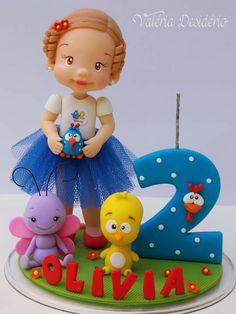 Galinha pitadinha Ideas Para Fiestas, Pasta Flexible, Cold Porcelain, Gum Paste, Clay Art, Amazing Cakes, Cake Toppers, Fondant, Candles