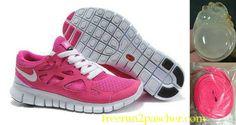 Femmes Nike Free Run 2 running shoes Discount Running Shoes, Discount Sneakers, Pink Nike Shoes, Pink Nikes, White Shoes, Nike Free Run 2, Running Sneakers, Sneakers Nike, Cheap Sneakers