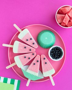 We're ready for summer parties with a watermelon themed party! We've rounded up a few of our favorite watermelon party supplies in our shop + some fun watermelon party ideas to share! I Sweets & Treats  #watermelonparty #fruitparty #watermelonpartyideas