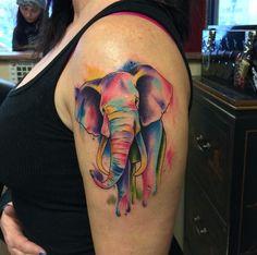 Acuarela del elefante del tatuaje por Frankie Oneshot