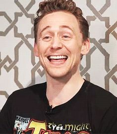 17 Tom Hiddleston GIFs That May Or May Not Get You Pregnant  Just gonna leave this.. Ehehe <3