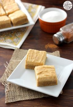 Pumpkin Snickerdoodle Cookie Bars with Pumpkin Buttercream Recipe from @akitchenaddict