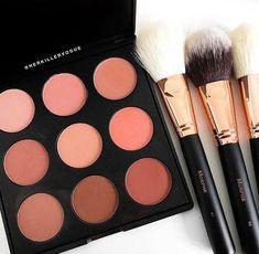 Dior Celebration collection - Makeup palette for the Eyes ~ eyeshadows, eyeliner, serum primer & Mascara - Cute Makeup Guide Makeup Dupes, Makeup Kit, Makeup Cosmetics, Makeup Brushes, Beauty Makeup, Makeup Blog, Kiss Makeup, Cute Makeup, Pretty Makeup