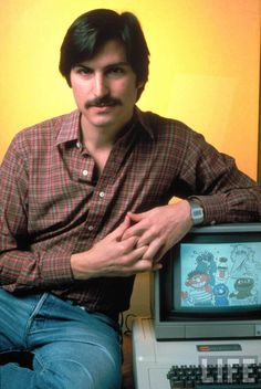 Steve Jobs with the Apple II (1981)