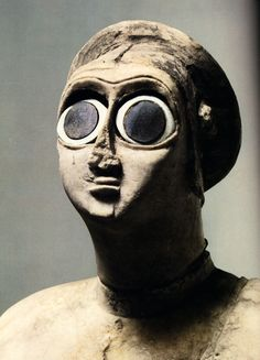 Mesopotamian gypsum figure found in the Square Temple in Sumer, Jemdet Nasr period 3000 BCE