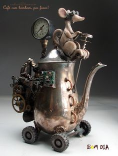 this is just too stinking cute. Steampunk Teapot Hybrid Car Folk Art Pottery Raku by Face Jug Maker Grafton Steampunk Shop, Steampunk Accessoires, Style Steampunk, Steampunk Design, Steampunk Fashion, Steampunk Crafts, Steampunk Emporium, Steampunk Octopus, Steampunk Cosplay
