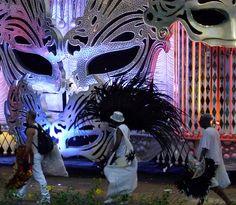 Salgueiro - Carnaval Rio 2013 by Cristina Vettorello, via Flickr