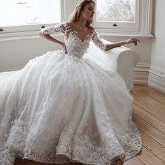 Dress By @steven_khalil ❤️❤️❤️ . . . . . . . . . . #weddingdress #dreamwedding #weddingday #weddingidStunning #fairytalewedding #weddingplanning #weddingideas #weddingdecor #luxurywedding #bridetobe #engaged #weddiginspiration #proposal #weddingproposal #honeymoon #dreamhoneymoon #weddinginspo #bridesmaidsgoals #luxury #weddinggoals #casamentodeluxo #noivado #noivadodia #howheasked #diamondring #engagement #engaged