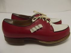 1950s Ladies Women's Golf Shoes Cherry Red Rockabilly Swing...love the tee holders!