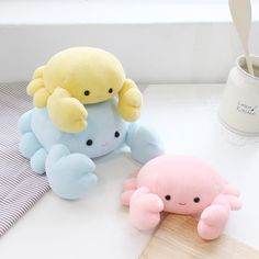 Felt Crafts, Diy And Crafts, Kawaii Bedroom, Cute Room Decor, Cute Stuffed Animals, Cute Pillows, Plush Animals, Sock Animals, Clay Animals