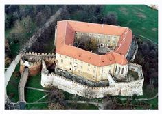 Siklos castle, Hungary I was later on Christened again here in Siklos Var Chapel, which has a Dungeon underneath it. Heart Of Europe, Beautiful Castles, Medieval Castle, Budapest Hungary, Kirchen, Photo Archive, Travel Destinations, Tower, Castle Pictures