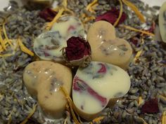 Botanic Blends bath melts 95g cocoa butter 5g oatmeal dried rose petals and lavender buds 10 drops rose absolute,  5 drops geranium 5 drops lavender essential oil silicone mold a double boiler container