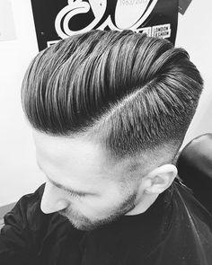 067/365 #praha #prague #jamilujuzivotzivotmilujeme . .. . . . . #ilovemyjob #ilovetoniandguy #toniandguy #  #praha #prague #toniandguy #ilovemyjob #toniandguybarbershop #toniandguybarbershopprague #barber #barberlife #mustache  #tattooboy ##veganbarber  #zivotakonamornik #666