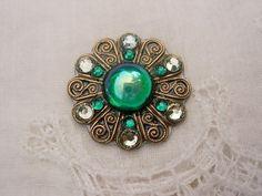 Emerald Spiral Bindi  swarovski belly dance crystal by KuhlJewels, $15.00