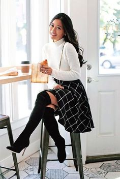 Work Attire: fall / winter - street style - street chic style - casual outfits - black windowpane circle skirt + white turtleneck sweater + black heeled over the knee boots + black shoulder bag Fall Winter Outfits, Autumn Winter Fashion, Winter Chic, Casual Winter, Winter Shoes, Winter Outfits With Skirts, Church Outfit Winter, Dress Winter, Classy Fall Outfits