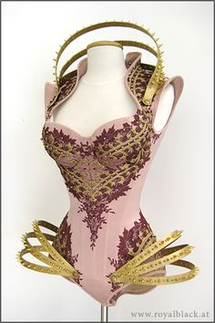 "Steampunk Tendencies | Couture Corset Body ""The Empress"" - by Royal Black Official Facebook Group : Come to share, promote your art, your event, meet new people, crafters, artists, performers... https://www.facebook.com/groups/steampunktendencies"