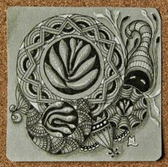 "Zentangle ~ Lily's Tangles: Diva's Weekly Challenge 169: ""String Theory: Circles"", Lily Moon"