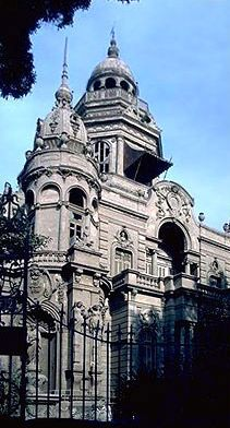 Tour Egypt presents information about Sakakini Palace in Cairo, Egypt Egypt Travel, Cairo Egypt, Vintage Pictures, Notre Dame, Egyptian, Palace, Scenery, Castle, Around The Worlds