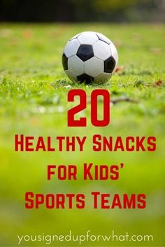 "20 Healthy Snacks for Kids' Sports Teams - You Signed Up For WHAT? Healthy snacks for kids sports teams<br> Are you gearing up for your turn as ""snack mom"" and want to avoid doling out junk food? Try these 20 healthy snack ideas for kids' sports teams! Kids Soccer Snacks, Sport Snacks, Soccer Treats, Baseball Snacks, Baseball Mom, Soccer Moms, Kid Snacks, School Snacks, Baseball Tips"