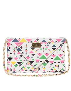 Find the best selection of Paul's Boutique Geo-Tribal Kimberly Clutch Bag. Shop today with free delivery and returns (Ts&Cs apply) with ASOS! Diy Clutch, Clutch Wallet, Cos Bags, Paul's Boutique, Wit And Delight, Saved Items, Fashion Handbags, Aztec, Purses And Bags