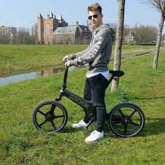 Instagram picutre by @florismoo: Young people love the Gocycle. #florismoo #gocycle ##ebike #boot #zeilen #camper #watersport #zakelijk #unisex #luxe #vouwfiets #lifestyle - Shop E-Bikes at ElectricBikeCity.com (Use coupon PINTEREST for 10% off!)