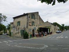 Eygalières-Le_Café_de_la_Place.jpg 4.320×3.240 pixels