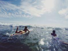FY! Surfer Girls