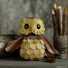 #CrepePaperOwl #CrepePaperRevival #MakeItFunCrafts www.LiaGriffith.com
