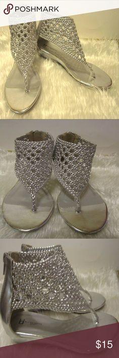 Boston Design Studios Silver Gladiator Style Sanda Cute and Sexy Sandals  Gladiator Style   Silver  Zip Back  Low Flat Wedge Heel   Women's Size 7 M  Excellent Like New Condition   Smoke Free Environment Boston Design Studios Shoes Sandals