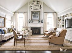 How To Quickly And Easily Create A Living Room Furniture Layout? Living Room With Fireplace, Cozy Living Rooms, My Living Room, Living Room Decor, Dining Room, Family Room Addition, Contemporary Family Rooms, Contemporary Interior, Cape Cod Style House