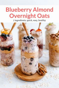 This filling and nutritious bluberry overnight oatmeal with almond butter, cinnamon, and vanilla is perfect for busy mornings. #breakfast #kidfriendly #makeahead #quickandeasy
