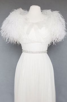 Ostrich Feather Toss As Seen in The Knot by theweddingdresser, $245.00
