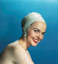 vintage white -  rubber bathingcap chin strap great smile
