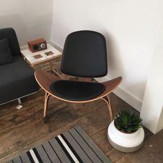 Hans Wegner CH07 Shell Chair Reproduction Bluesuntree Mid-Century Modern Walnut in Home, Furniture & DIY | eBay