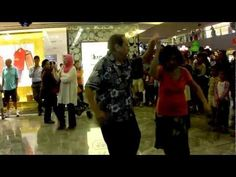 Bailamos (Enrique Iglesias) by Martin Reyes @ Paragon (22 Dec 11) (HD)
