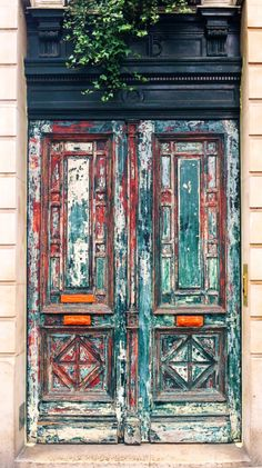 Paris, France - There's something about old, wooden, faded, HUGE doors. (Cool Photography Old) Porches, Cool Doors, Unique Doors, Entrance Doors, Doorway, Door Knockers, Door Knobs, When One Door Closes, Vintage Doors
