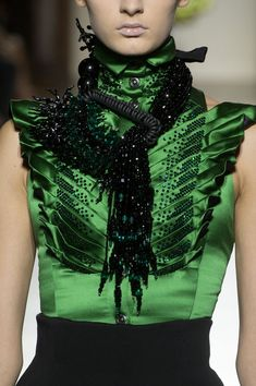 View all the detailed photos of the Julien Fournie haute couture fall 2014 showing at Paris fashion week. Couture Mode, Style Couture, Couture Details, Fashion Details, Couture Fashion, Runway Fashion, Womens Fashion, Green Fashion, High Fashion