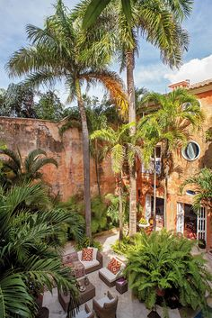 How to Spend 36 Hours in Cartagena, Colombia (With Pictures) Mexican Hacienda, Hacienda Style, Casa Patio, Backyard Patio, Cartegena Colombia, Renta Casa, Patio Central, Dreamy Photography, Outdoor Living Rooms
