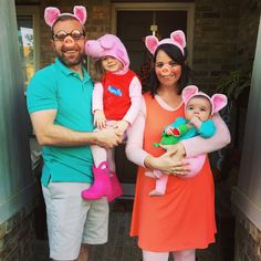 Peppa Pig family Halloween costume!